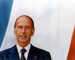Giscard, seul au Monde