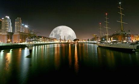Le Baiser de la Lune