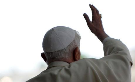 Benoît XVI a toujours tort