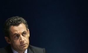 Sarkozy-fond-noir