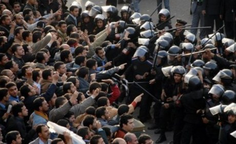 http://www.causeur.fr/wp-content/uploads/2011/01/Egypte-emeutes-2011.jpg