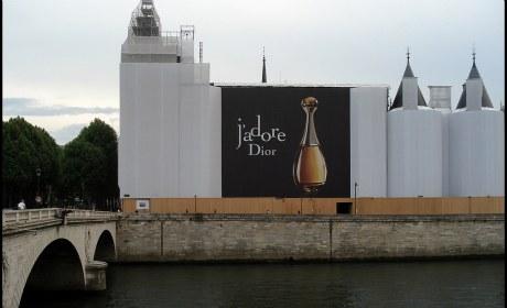 Pub à la Conciergerie : Dior J'abhorre
