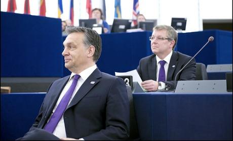 Orban fait risette à Strasbourg