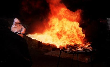 PSA et les pompiers-pyromanes