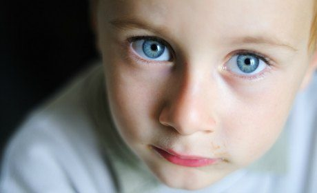 La Convention des droits de l'enfant agace Finkielkraut et Théry