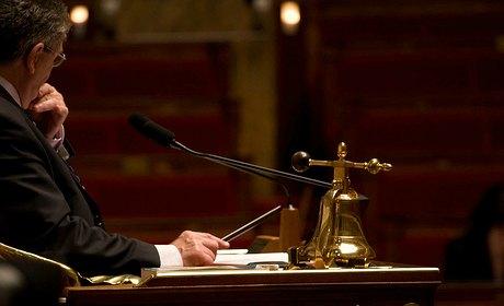 Bruno Le Roux et le PS pour le traité budgétaire européen