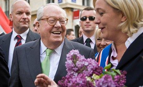 Le Front National Jean-Marie Le Pen a 40 ans