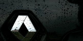 Renault suicides Guyancourt Chine