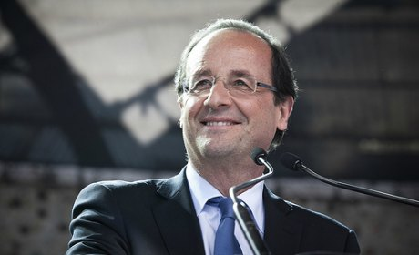 Hollande inaugure l'université populaire de l'Elysée