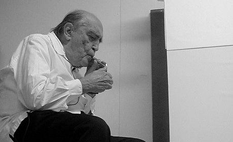 Deux ou trois choses que je sais d'Oscar Niemeyer