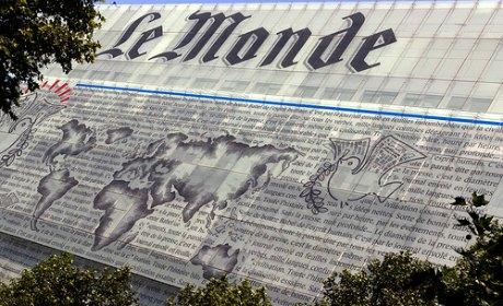 Un Monsieur Du Monde Tire Sa R V Rence Causeur