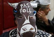 vache paysan manifestation