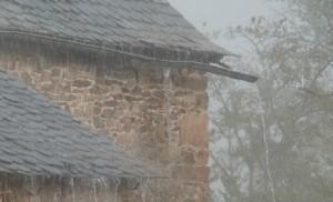 averse pluie maison