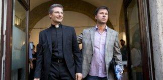 charamsa eglise catholique vatican homosexualite