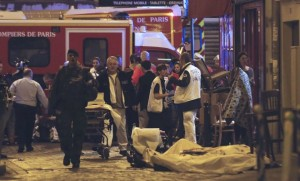 attentats paris francois hollande