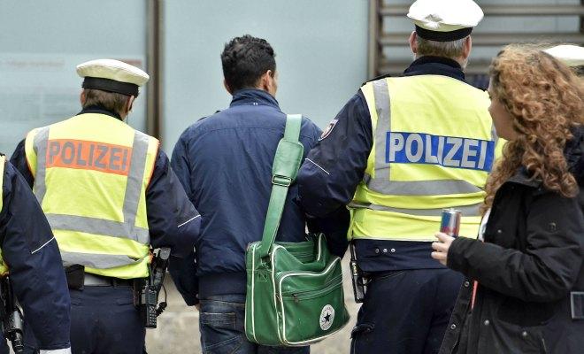 Viols de Cologne: la police présumée coupable