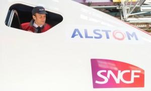 Emmanuel Macron visitant l'usine Alstom de Belfort (Photo : SIPA.00714239_000019)