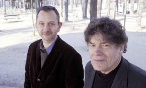Philippe Cohen et Pierre Péan, en 2003 (Photo : Hannah Assouline)