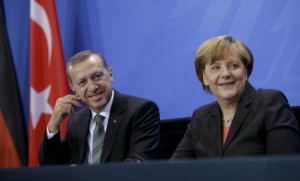 Erdogan et Merkel lors d'une réunion à Berlin en février 2014 (Photo : SIPA.00675087_000011)