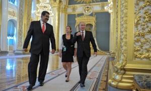 Nicolas Maduro, en juillet 2013 à Moscou, avec Vladimir Poutine (Photo : SIPA.AP21422085_000020)
