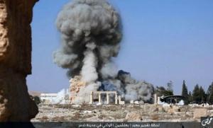 Image de la destruction du temple de Ba'al-Shamin à Palmyre diffusée par l'Etat islamique sur les réseaux sociaux (Photo : SIPA.AP21813500_000001)