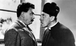 Photo : image extraire du film «La Grande Bagarre de don Camillo» de Carmine Gallone, sorti en 1955, avec Fernandel et Gino Cervi)