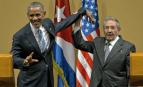 Barack Obama et Raul Castro le 21 mars dernier (Photo : SIPA.AP21873157_000106)