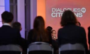 François Hollande sur le plateau de l'émission «Dialogues citoyens» (Photo : SIPA.00751237_000002)