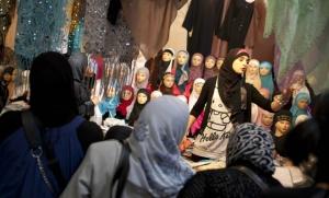 Un stand lors de l'édition 2011 de la Rencontre annuelle des musulmans de France (Photo : SIPA.00617980_000005)