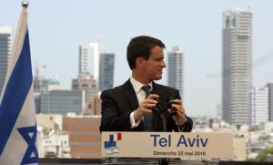 Manuel Valls à Tel Aviv, le 22 mai (Photo : SIPA.00756738_000003)