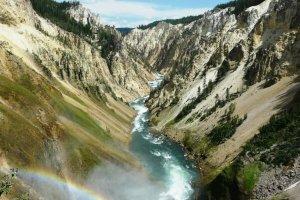 La rivière Yellowstone, aux Etats-Unis. (Josué Llull/Flickr)
