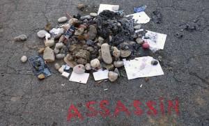 L'endroit où Mohamed Lahouaiej-Bouhlel a été abattu sur la Promenade des Anglais s'est transformé en défouloir (SIPA.AP21923250_000069)