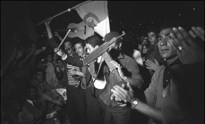 Oran 5 juillet 1962 requiem pour un massacre oubli 1 2 for Piscine du 5 juillet alger