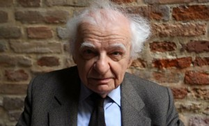 Yves Bonnefoy en mai 2009 (Photo : SIPA.REX40140033_000023)