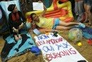 Manifestation en faveur du burkini devant l'ambassade de France à Londres (Photo : SIPA.AP21942517_000007)