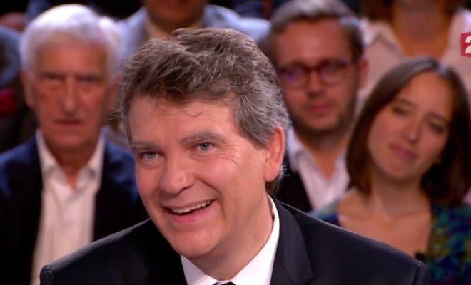 arnaud montebourg demondialisation hollande