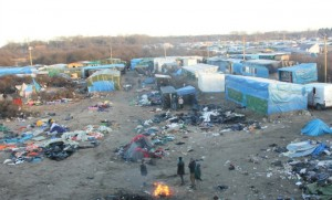 Calais jungle migrants islam