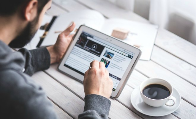 internet gadgets ipad facebook