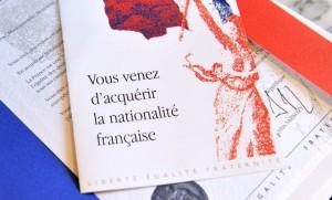 naturalisations valls hollande