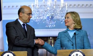 Alain Juppé et Hillary Clinton à Washington, juin 2016. SIPA. AP21055672_000001
