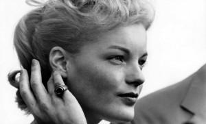 Romy Schneider au festival de Cannes, mai 1957. SIPA. 00615990_000001