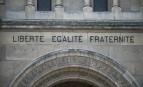 La devise de la République sur la basilique Saint-Denys d'Argenteuil. SIPA. 00748593_000002