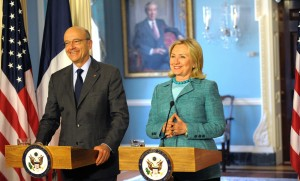 Hillary Clinton et Alain Juppé à Washington, avril 2012.