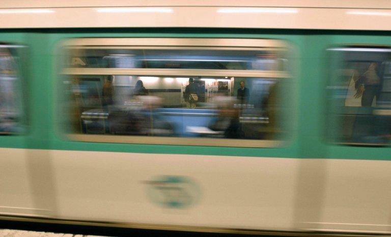 Non-dits dans le métro
