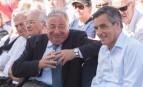 Gérard Larcher aux côtés de François Fillon lors d'un meeting de campagne à Sablé-sur-Sarthe, août 2016. SIPA. 00769529_000026