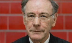 """Gérard-François Dumont est professeur à la Sorbonne, président de la revue """"Population & Avenir"""", auteur notamment de """"Populations et Territoires de France en 2030""""(éditions de L'Harmattan)."""