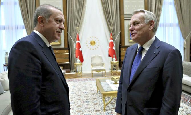 Imagine-t-on De Gaulle se coucher devant Erdogan?