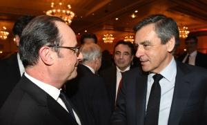 François Hollande a croisé le regard de François Fillon au dernier diner du CRIF, février 2017. SIPA. 00794699_000007