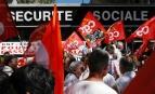 Manifestation à Rennes pour la défense de la Sécurité sociale, 2004. SIPA. 00494956_000003