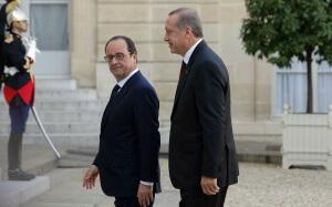 Le Grand Turc et le petit président: François Hollande reçoit Recep Tayyip Erdogan à l'Elysée, octobre 2014. SIPA. AP21645889_000005